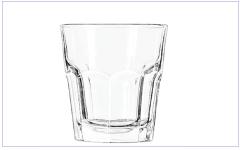 Frisdrank glazen bedrukken met eigen logo? Wij bedrukken kleine en grote Frisdrank glazen met uw bedrijfslogo. Bedrukte Frisdrank glazen bestellen? Zoek dan niet verder!